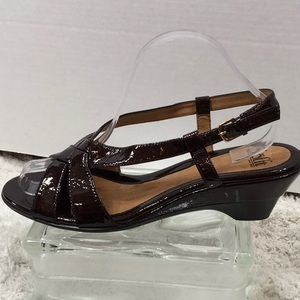 Soft brown patent leather sandals